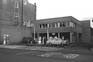 garage-petrol-station-bootham-02.jpg
