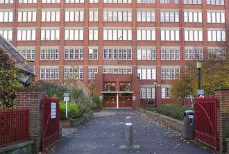 rowntrees-frontage-041104-600.jpg