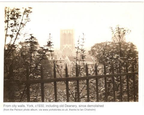 walls-minster-precincts-c1930.jpg