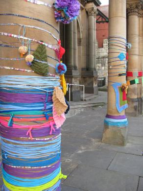 yarn-bomb-event-art-gall-020213-450.jpg