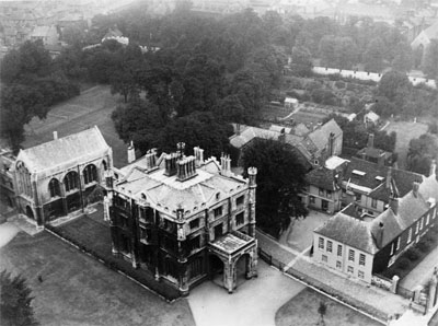 CoYC-old-deanery-1920s-ref-y2_22-small.jpg
