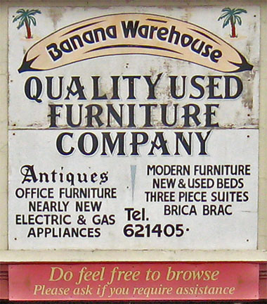 banana-warehouse-sign-060211-380.jpg