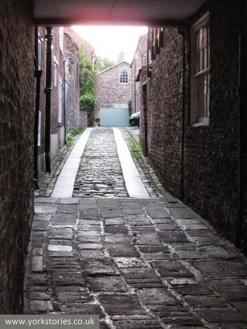 Paving, Elbow Lane