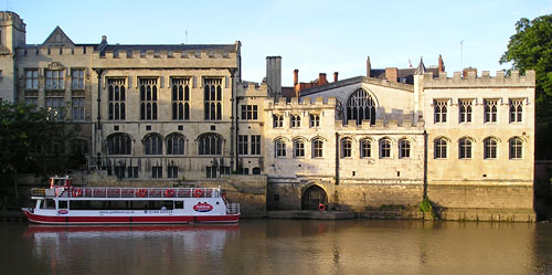 guildhall-river-2-210605-500.jpg