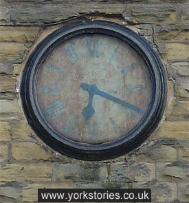 Stopped clock, faded face, 4 July 2013