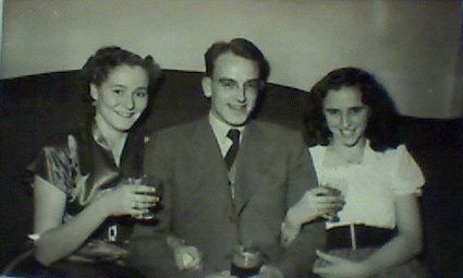 stephen-lilian-and-friend_early-1950s_425255.jpg