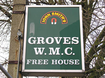 Plastic sign: Groves WMC, Free House