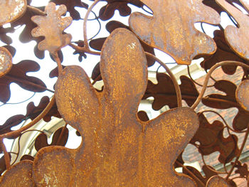 Balloon tree sculpture – leaves detail