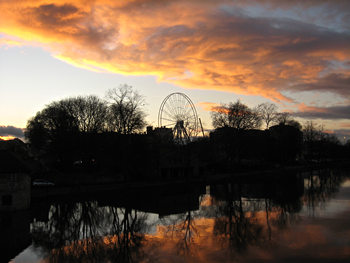 Over the Ouse – sunset and big wheel