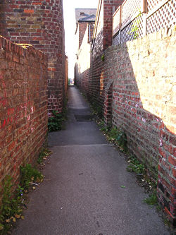 Alleyway – looking towards Acomb Green