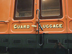 Lettering – Guard Luggage