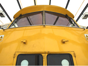 Big yellow train front!