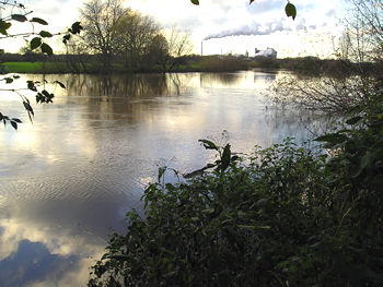 View of a swollen River Ouse, November 2006