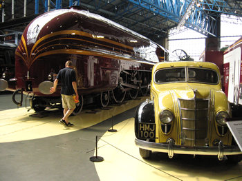NRM exhibition – Streamlined – Styling An Era