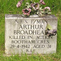 Headstone of Arthur Broadhead, NFS fireman